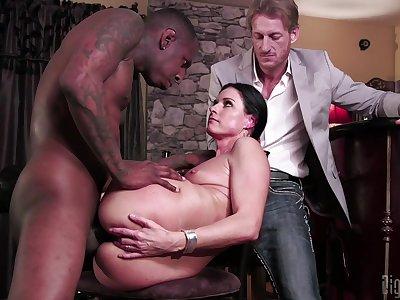 Slutty MILF India Summer cuckolds her husband upon a black brute dick