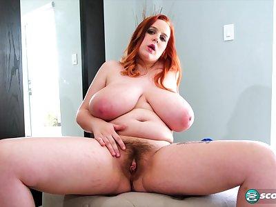 Busty BBW Lissa Hope shows her gradual pussy