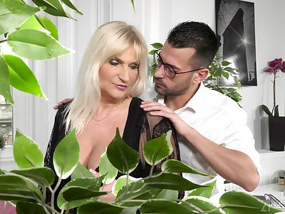 Strong-willed Anna Valentina takes run of her male assistant