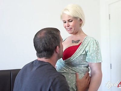 AgedLovE British Mature Using Everlasting Rough Sex