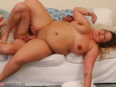 Chunky MILF Kristin Kervz crazy sex scene